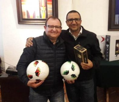 """Torneo de Cacho  """" Confraternidad"""""""